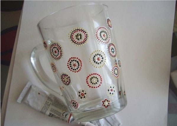 Spot painting on cup