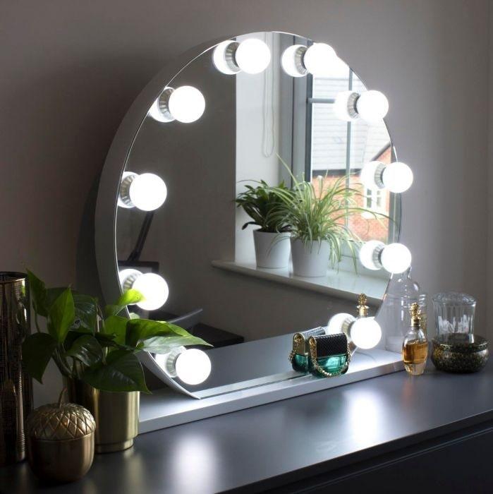 آینه هالیوودی چیست ؟